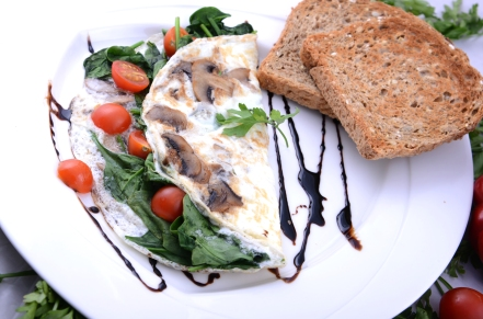 1 egg white omelet large.